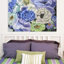blue-and-white-floral-painting-bedroom-by-susan-pepler
